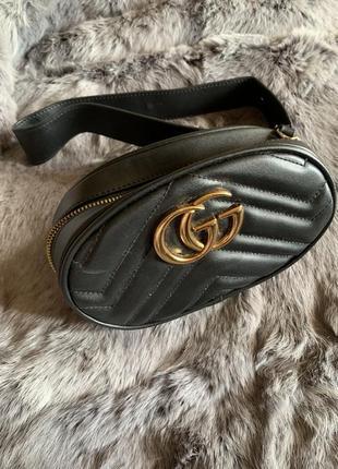 Чёрная поясная сумка gucci xs