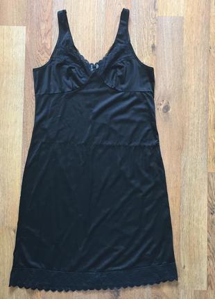 Чорна нічна сорочка