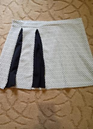 Короткая юбка janina