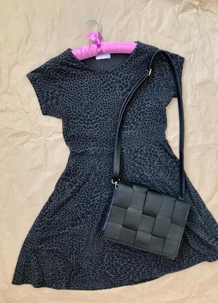 Расклешенное платье мини в  леопардовый принт