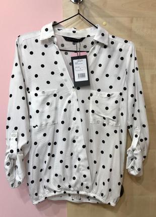 Актуальна шифонова блуза в горошок, фасон «на запах»