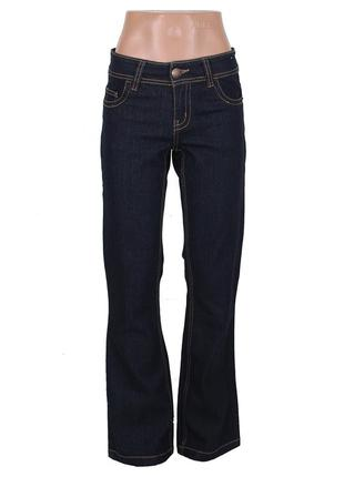 Темно-синие расклешенные джинсы