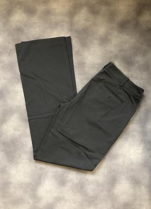 Серые котоновые брюки