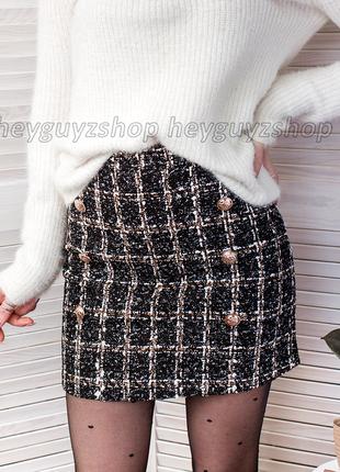 Твидовая юбка в клетку черная темно-серая с пуговицами теплая из твида