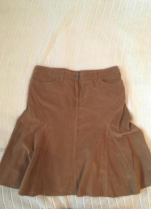 Тонкая вельветовая юбка