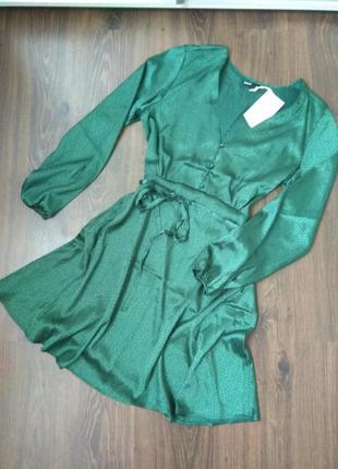 Шикарное платье от cropp town