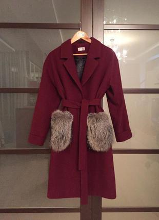 Шерстяное пальто с натуральным мехом (оверсайз)
