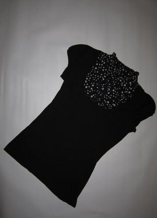 Черная базовая комбинированная футболка