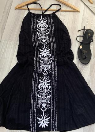 Сарафан с вышивкой открытая спинка