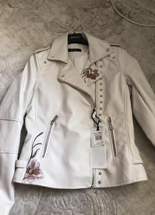 Куртка rinascimento - s