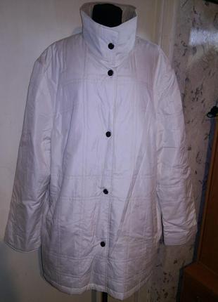 Стёганная,двухсторонняя 2 в 1:беж-белая,весна куртка- с карманами,большого размера