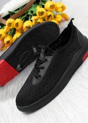 Модные черные  с красной пяткой женские текстильные кеды