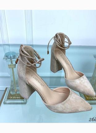 Босоножки с острым носком,переплет вокруг ноги, стильные летние туфли, на каблуке