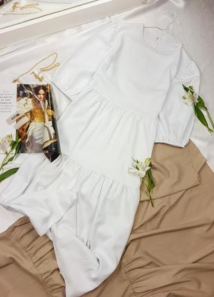 Льняное белое платье свободного фасона