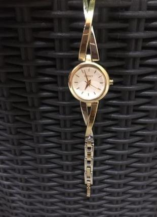 Часы dnky