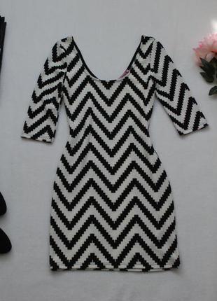 Мегаскидки, распродажа, большой выбор...мини платье по фигуре зигзаг