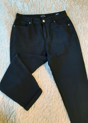 Черные стильные укороченные dad jeans / джинсы баллоны с высокой посадкой батал