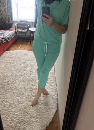 Женский спортивный костюм прогулочный костюм летний стильный трикотажный зеленый3 фото