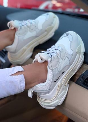 Кроссовки balenciaga triple s white кросівки