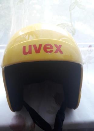 Отличный защитный шлем.размер s