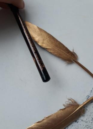 Пудровый карандаш для глаз от charlotte tilbury the classic3 фото