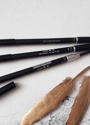 Пудровый карандаш для бровей givenchy mister eyebrow powdery pencil