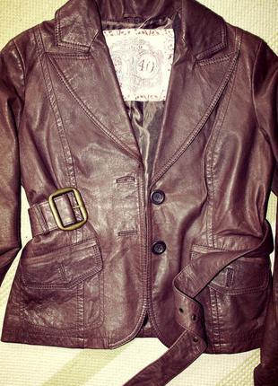 Іспанська якісна шкіряна/кожаная куртка/косуха классика m-l або 40