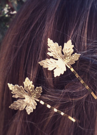 Заколка невидимка для волос  кленовый лист, золотистая ветка,