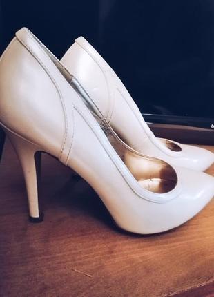 Белые лодочки,  свадебные туфли  от юдашкина