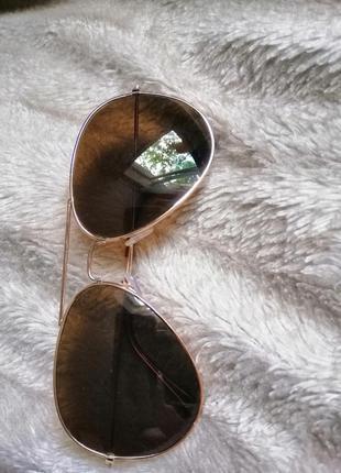 Солнцезащитные очки капельки коричневые