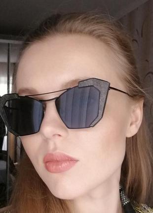 Солнцезащитные очки новые