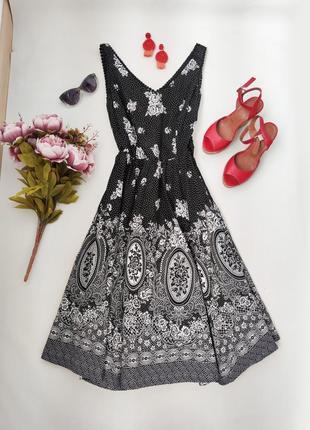 Неймовірно шикарне плаття з вінтажним візерунком від monsoon розмір s-m