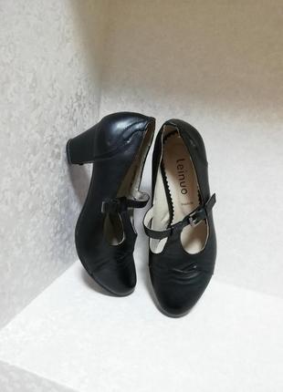 Туфли на маленьком каблуке, оксфорды