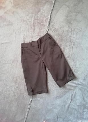 Коричневые удлиненные шорты бермуды
