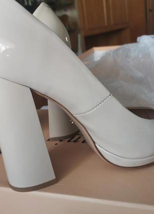 Туфли demark