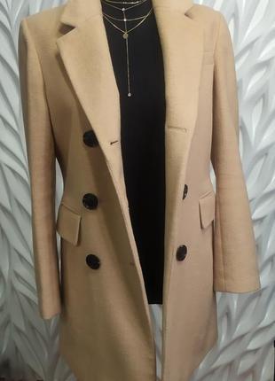 Пальто бежевое песочное верблюжий оттенок с кожаными вставками