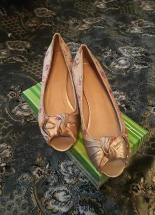 Туфли весна 37 размер, возможен торг