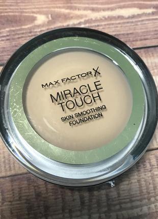 Max factor тональный крем крем-пудра пудра miracle touch sand 60