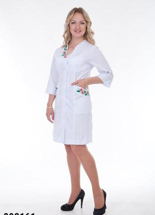 Белый халат медицинский с вышивкой, батист, р. 40-66; женская мед. одежда, 892161