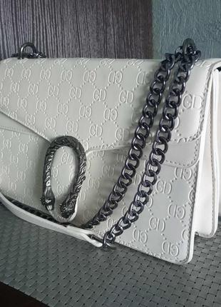 Маленькая женская сумка в стиле гуччи белая