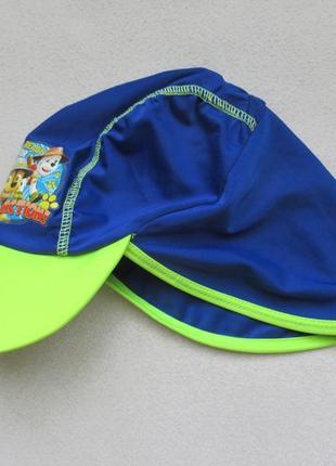 Кепка для купания с защитой для шеи