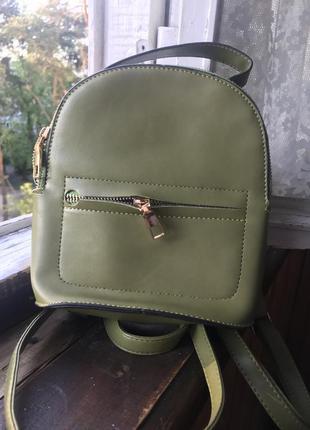 Рюкзак-сумка цвета хаки