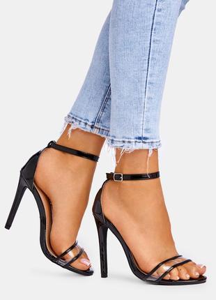 Чёрные босоножки на каблуке с силиконовой вставкой,есть все размеры