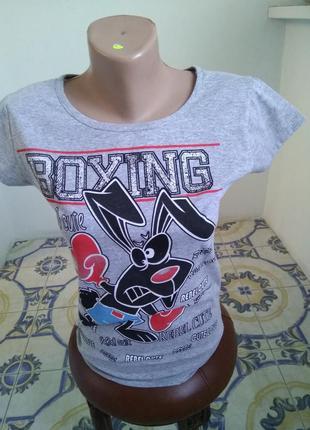 Новая брендовая футболка с крутым рисунком, размер m-l