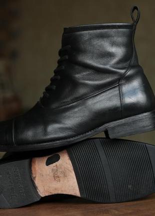 Мужские итальянские демисезонные ботиночки tiger of sweden men's black leather boots