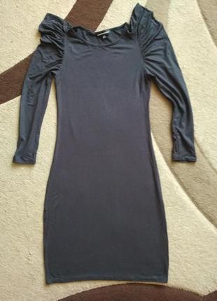 Стильное платье по фигуре