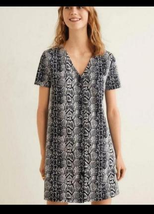 Платье от mango змииный принт