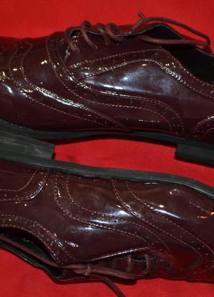 Отличные туфли борги atmosphere