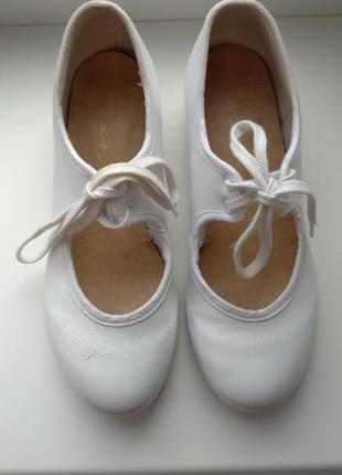 Танцевальные туфли 12,5 из англии kanz
