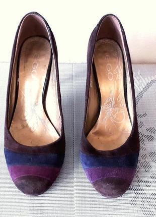 Стильные замшевые туфли за символическую цену!
